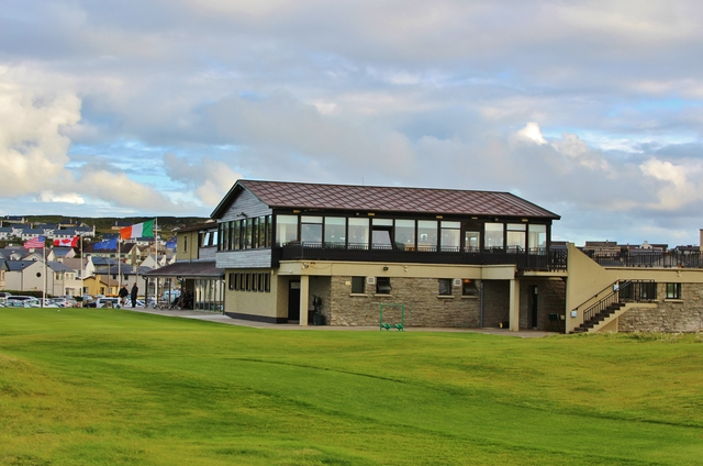 lahinch clubhouse